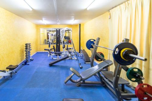 The fitness center and/or fitness facilities at Crystal Plaza Hotel