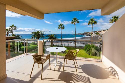A balcony or terrace at Sol La Palma Apartamentos