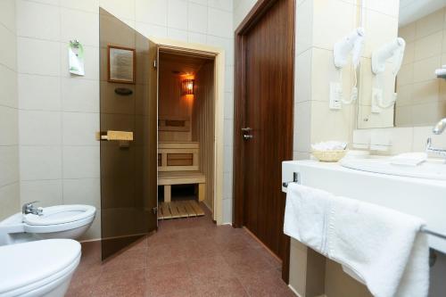 Ванная комната в Спа-отель Best Western Русский Манчестер