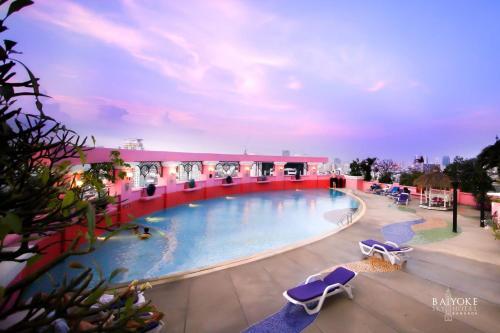 The swimming pool at or near Baiyoke Sky Hotel