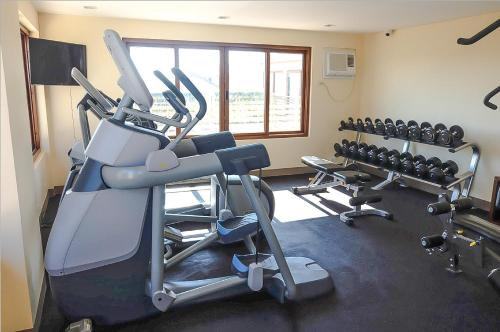 The fitness centre and/or fitness facilities at The Piccolo Hotel of Boracay