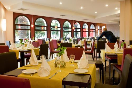 Ресторан / где поесть в Kenzi Europa