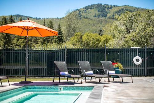 The swimming pool at or near Park City Peaks