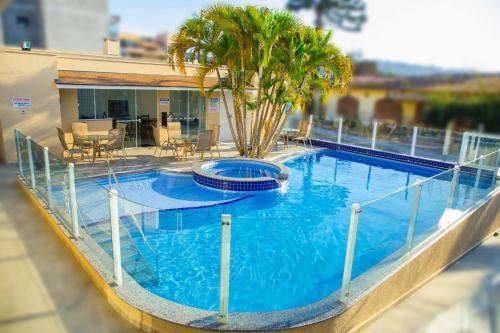 A piscina localizada em Hotel Castelo ou nos arredores