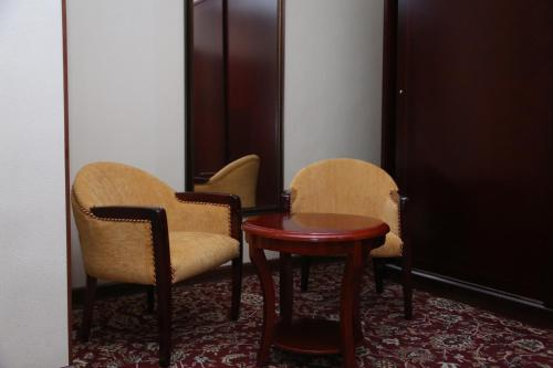 A seating area at Sary Arka Hotel