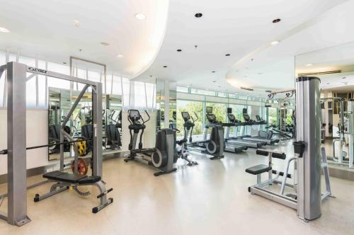 Palestra o centro fitness di Chatrium Hotel Riverside Bangkok