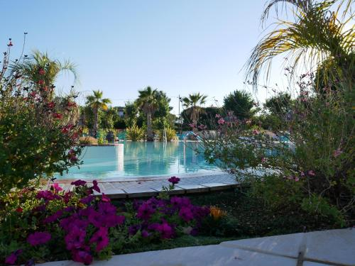 The swimming pool at or close to Camping Officiel Siblu Les Sables du Midi