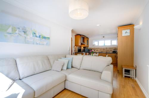 A seating area at Beach Retreat Broadstairs