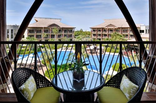 A balcony or terrace at Lapita, Dubai Parks and Resorts, Autograph Collection