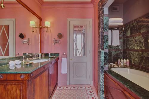A bathroom at L'Hôtel