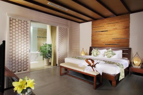 Cama o camas de una habitación en The Cliff Resort & Residences
