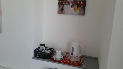 Coffee and tea-making facilities at St Albans Guest House, Dover