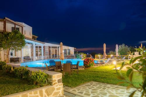 The swimming pool at or close to Samothraki Village Hotel
