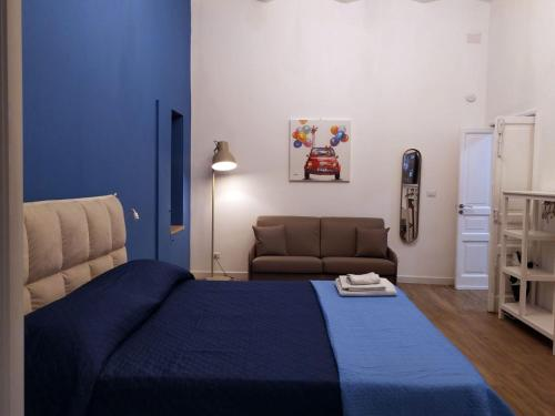 Letto o letti in una camera di La casa di NOA NAPOLI in the heart of Vomero
