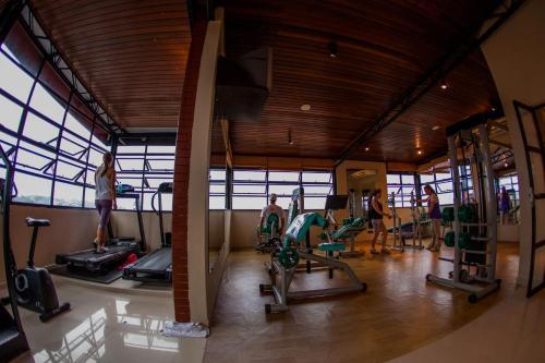 The fitness center and/or fitness facilities at Santa Catarina Plaza Hotel