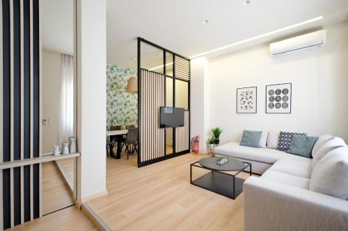 A seating area at Muses Residence