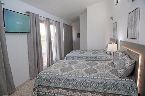 Itza-Bella Suites