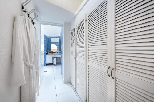 Łazienka w obiekcie Hotel THe Risco Del Gato Suites
