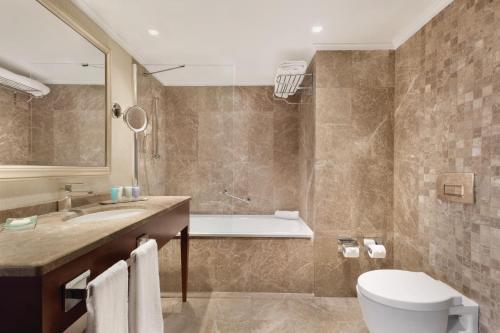 Ванная комната в Wyndham Grand Kayseri