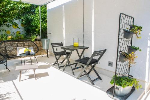 A balcony or terrace at Apartment On the Sunny Side