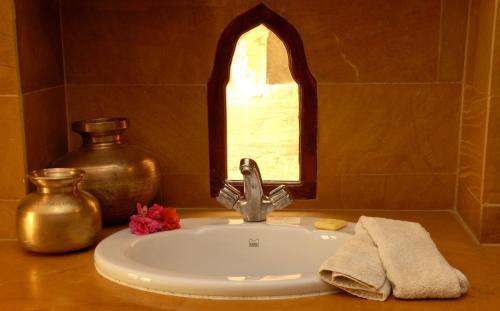 A bathroom at Killa Bhawan