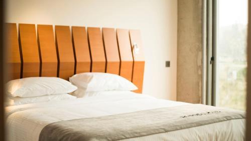 Кровать или кровати в номере Bossa Nova Beirut Hotel