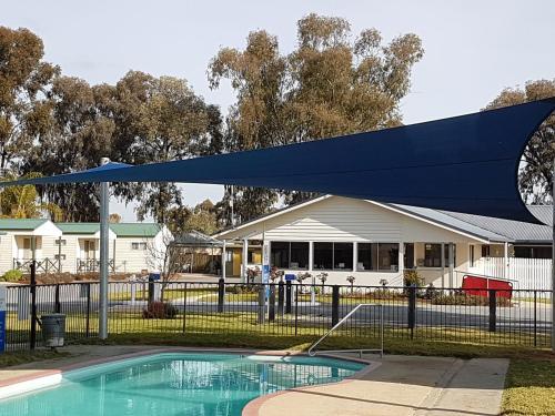 The swimming pool at or near Boomerang Way Tourist Park