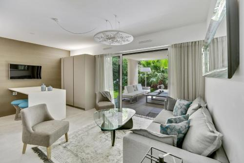 A seating area at Luxury & Exclusive Resort