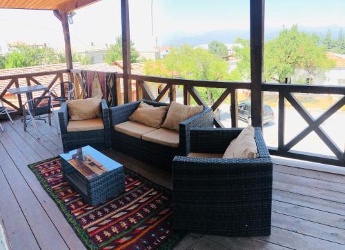 A balcony or terrace at Hotel Kakhuri Ezo