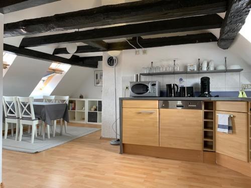 Küche/Küchenzeile in der Unterkunft Gästehaus Windheim (Karlsruher Denkmal)
