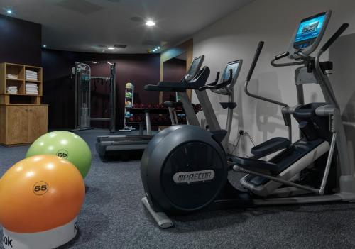 Palestra o centro fitness di Doubletree by Hilton Edinburgh City Centre