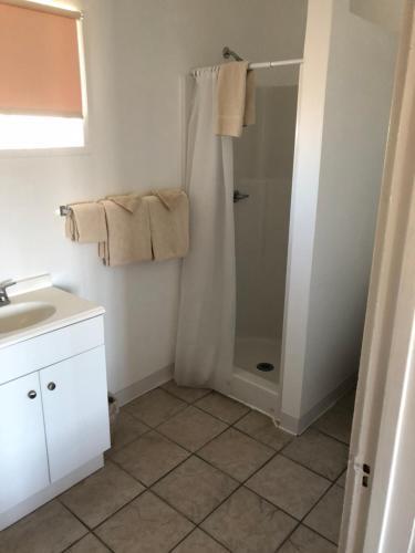 A bathroom at Panamint Springs Motel & Tents