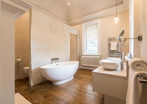 A bathroom at Pelham House