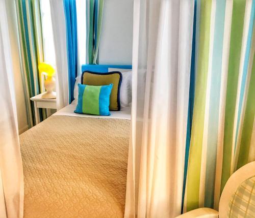 Cama o camas de una habitación en Perantzada Art Hotel