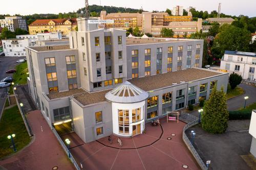 Blick auf Vienna House Easy Coburg aus der Vogelperspektive