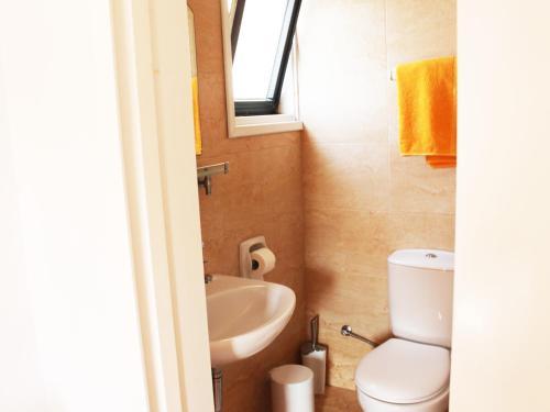 A bathroom at Rebioz Hotel