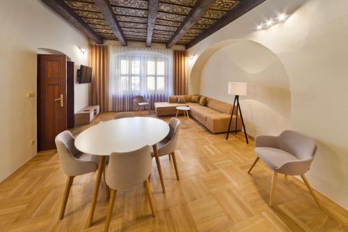 A seating area at Residence u Vejvodů