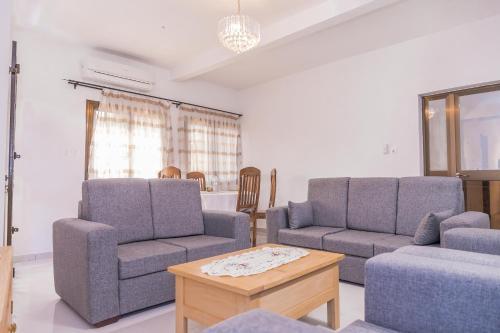 Appartement F4 Climatisé à Totsi près de la maison ADEBAYOR