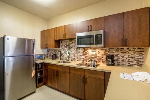 A cozinha ou cozinha compacta de Eagle Aruba Resort & Casino