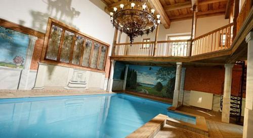 Der Swimmingpool an oder in der Nähe von Steirisch Ursprung