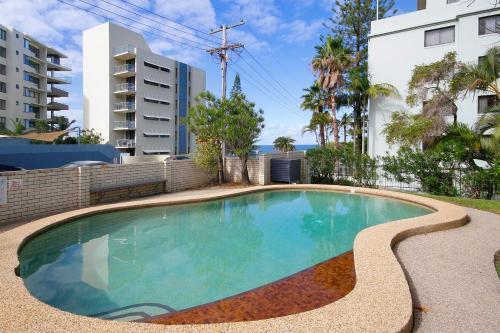 The swimming pool at or near Levuka Unit 4, 14 Moreton Pde. Kings Beach