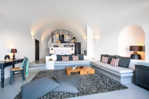 Area soggiorno di Ambassador Aegean Luxury Hotel & Suites