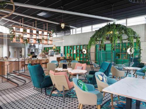 Ресторан / где поесть в Novotel Paris Charles de Gaulle Airport