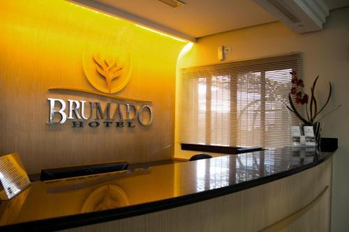 The lobby or reception area at Brumado Hotel