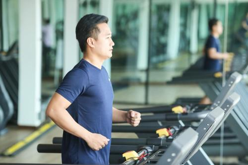 The fitness center and/or fitness facilities at Le Patta Hotel Chiang Rai