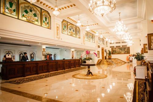 The lobby or reception area at Hotel Majestic Saigon