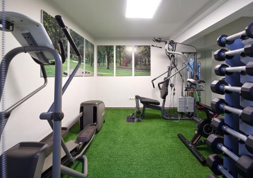 Gimnasio o instalaciones de fitness de Hotel Arrizul Congress