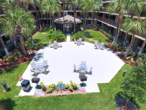 A bird's-eye view of Banyan Hotel & MicroSuites