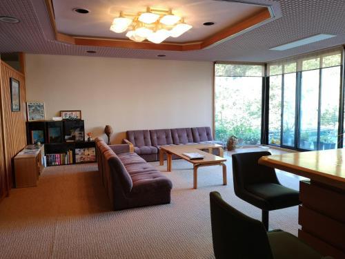 A seating area at Hiranoya