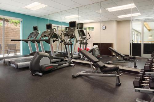 The fitness center and/or fitness facilities at Fairfield Inn & Suites by Marriott Bristol